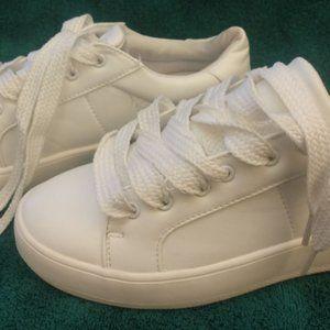 Report White Platform Sneakers